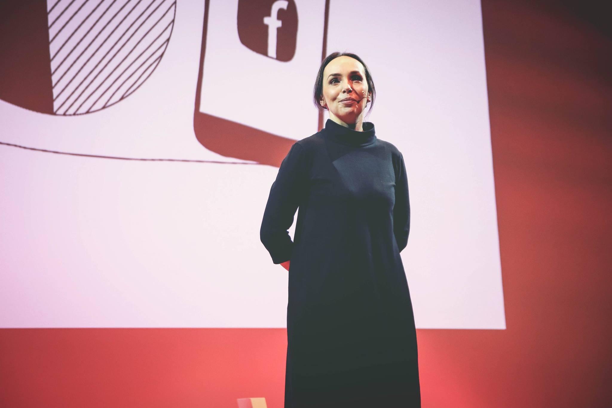 Jak na sítě - rozhovor s Michelle Losekoot o psaní na jednotlivé sociální sítě