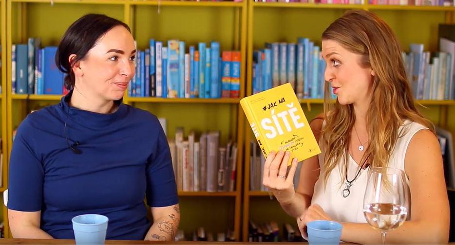 Jak na sítě - rozhovor s Michelle Losekoot o psaní sociální sítě